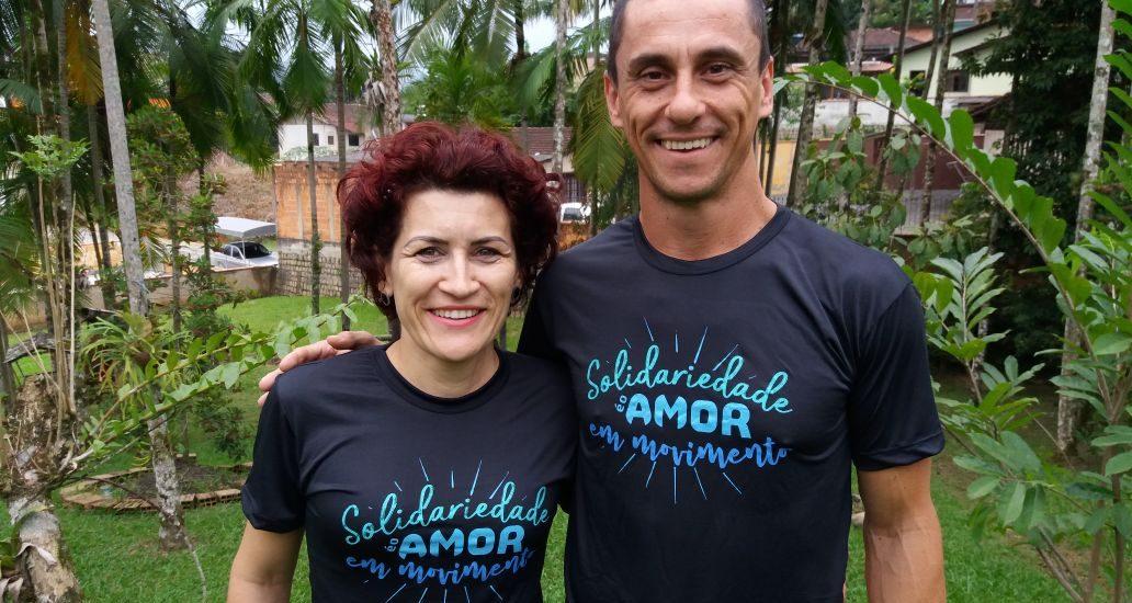 Pernas Solidárias lança camisetas de campanha em apoio ao projeto
