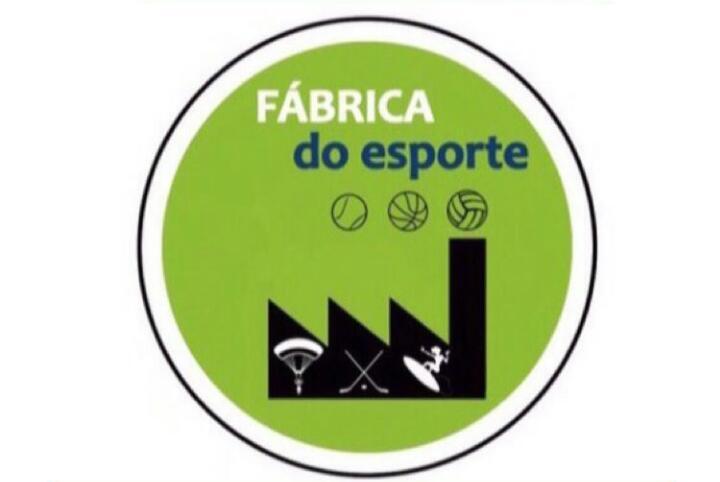 Fábrica do Esporte: ouça a participação da Carol Spricigo na Rádio Guarujá