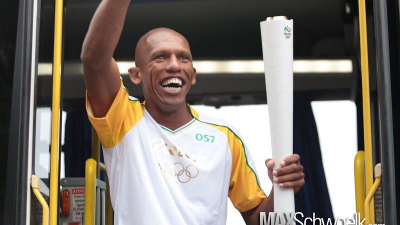 """Aprenda com Edinilson Cardoso """"CAFU""""- líder dos """"street runners"""" – corredores de rua de São Francisco do Sul (SC)"""