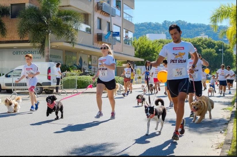 Inscrições para a 4ª Pet Run estão abertas. Evento ocorre neste domingo (5), na Grande Floripa