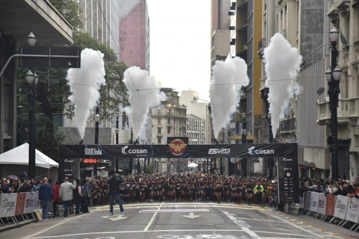 Temática, Corrida Mulher-Maravilha leva atletas de Joinville a São Paulo