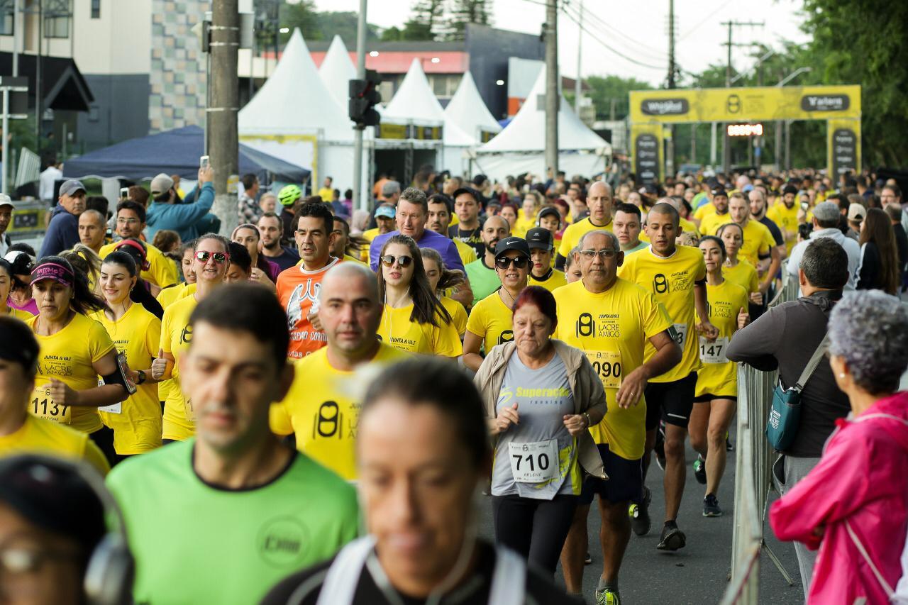 Segunda edição da Corrida do Lacre Amigo registra mais do que o dobro de inscritos em Joinville