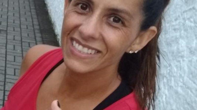 Massoterapeuta e maratonista Sissa de Paula começou na corrida numa fase difícil. Gostou! E nunca mais parou!