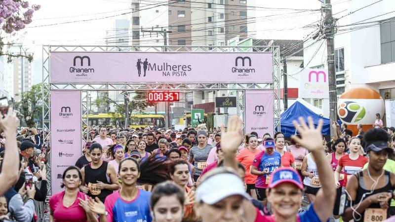 Só para elas: corrida de rua exclusiva comemora Dia Internacional da Mulher em Floripa