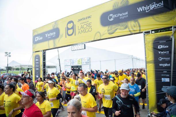 Corrida Junta & Vai reúne 5 mil pessoas em São Paulo