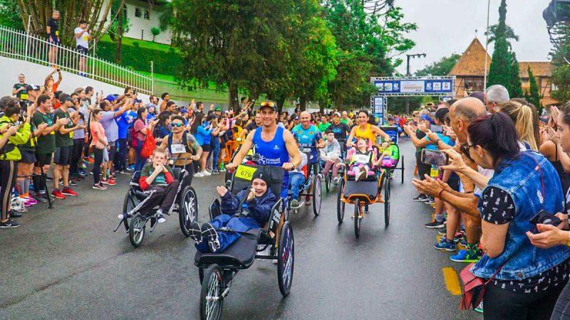 Pernas Solidárias levará 60 triciclos para a Corrida da Unimed em Joinville