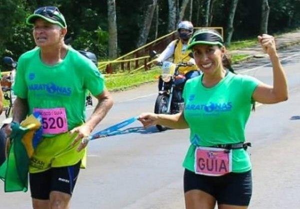 Conheça o deficiente visual que já completou 100 maratonas