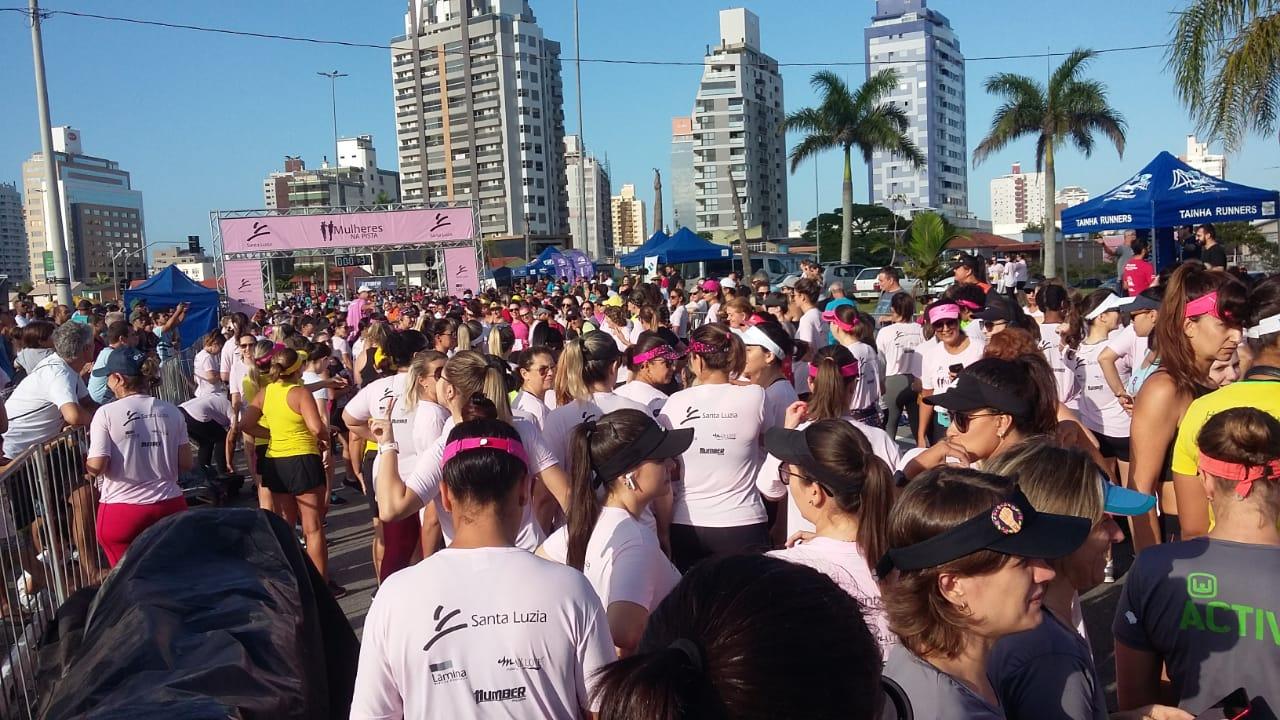 Dia Internacional da Mulher tem corrida de rua exclusiva para elas em Florianópolis